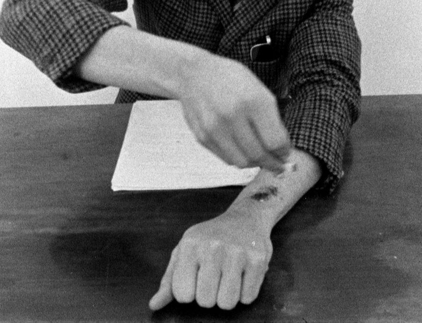 Harun Farocki / Inextinguishable Fire, 1969.