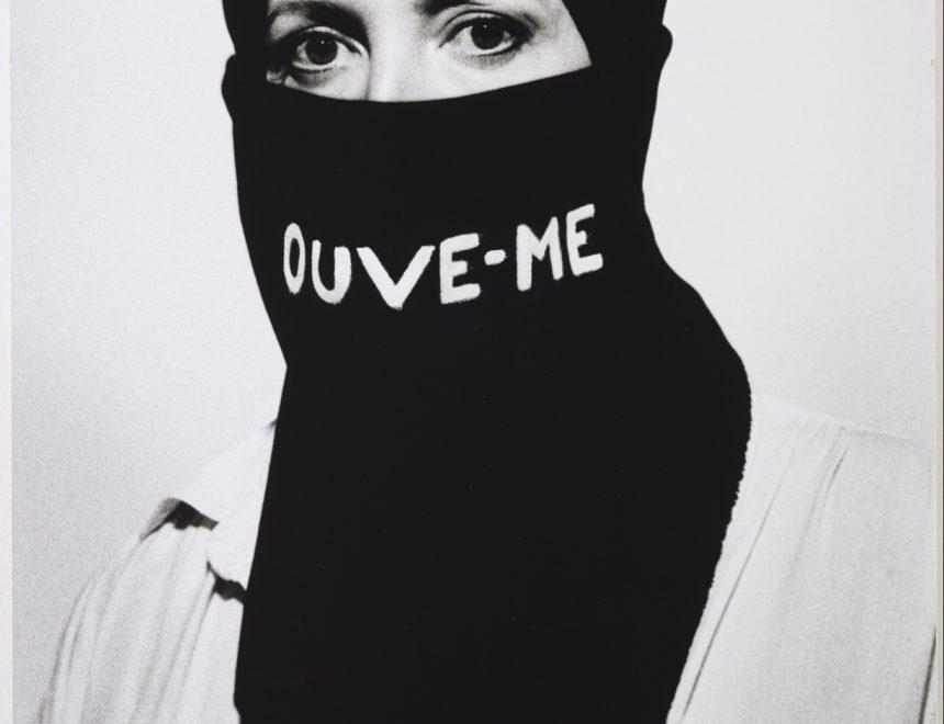 Helena Almeida / Ouve-me, 1979