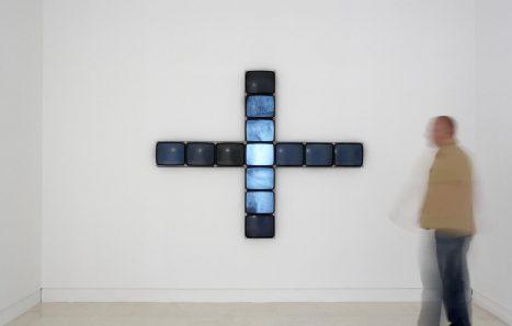 Gary Hill / Between 1 & 0, 1993. IVAM, Institut Valencià d' Art Modern, Generalitat.