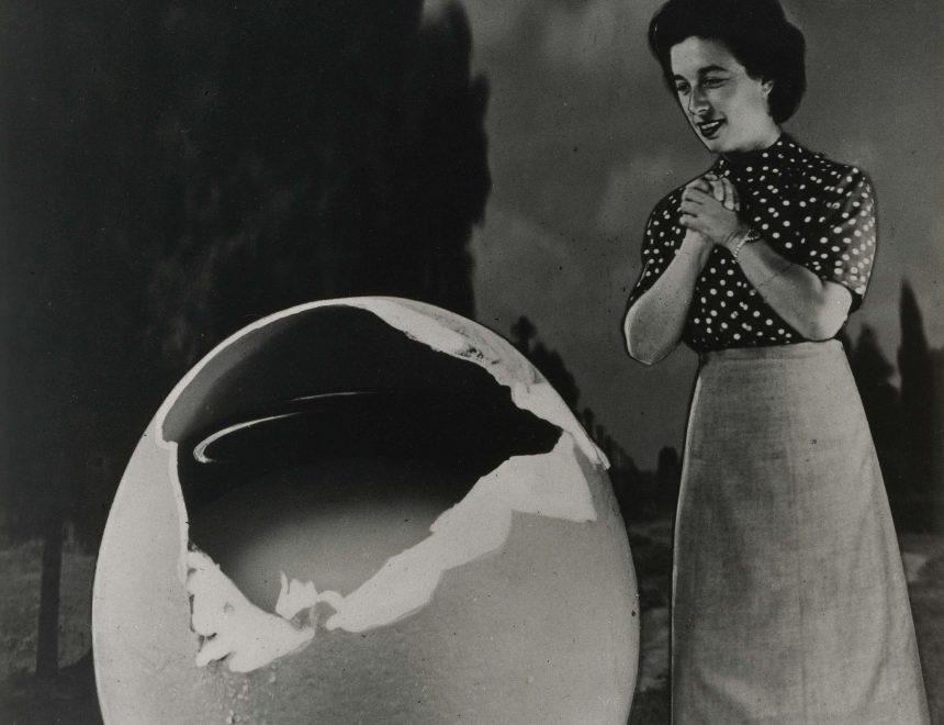 """Sueño nº 33: Sin título, de la serie """"Los Sueños"""", fotomontajes. Buenos Aires, 1949"""