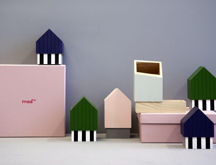 Floating Houses, diseñado por Eli-Gutierrez Studio para Mad Lab en 2017, colección de contenedores de sobremesa