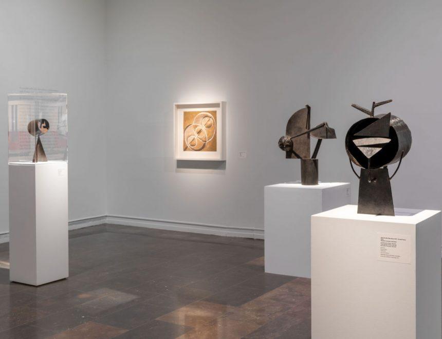 """Vista de la exposición """"Julio González y las vanguardias"""", 2021"""