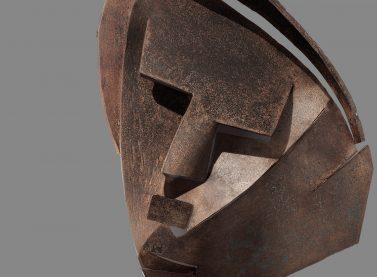 Julio González / Petit masque découpé Montserrat (Small cut-out mask: Montserrat), 1930-1933. IVAM Institut d´Art Modern, Generalitat. Donació de C. Martínez i V. Grimminger, París.