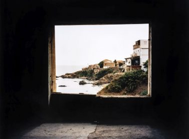 Zineb Sedira / Framing the view IV, 2006. Cortesia de l'artista i Kamel Mennour, Paris / London © Zineb Sedira, VEGAP, València, 2019