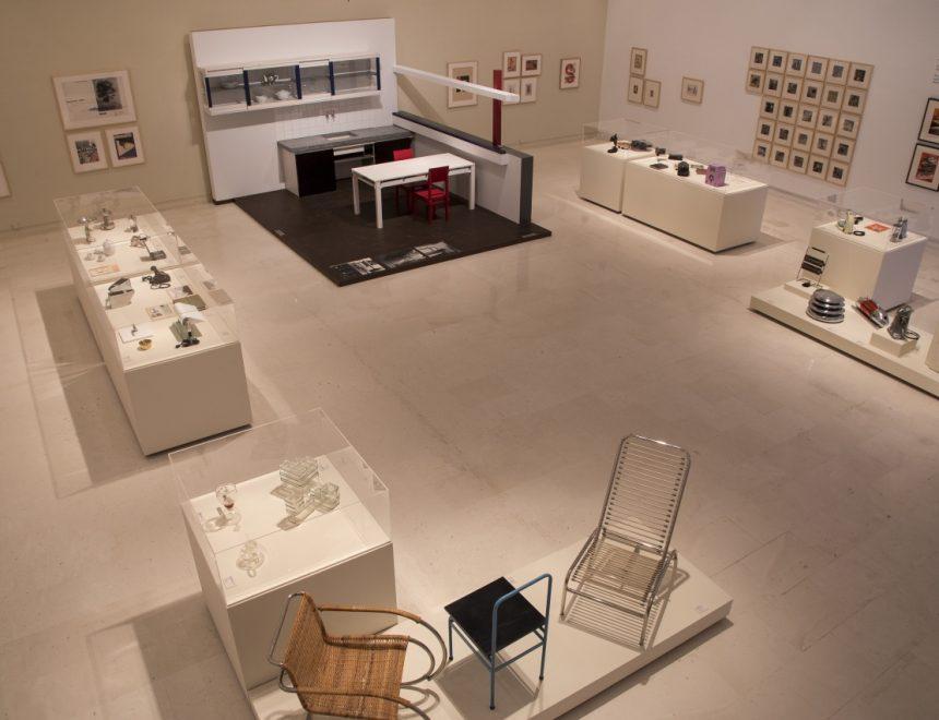 Piezas de la Colección Alfaro Hofmann en 'Construyendo Nuevos Mundos'