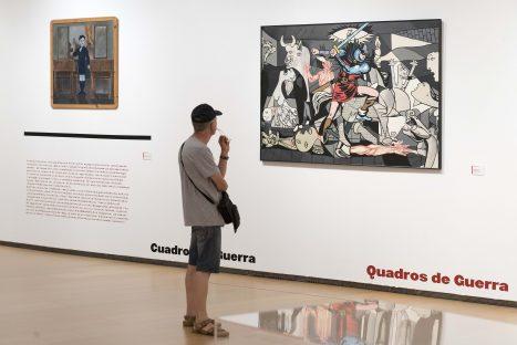 Vista exposición 'Colectivos artísticos en Valencia bajo el franquismo'